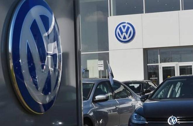 nen-cong-nghiep-o-to-Duc-phai-chiu-anh-huong-gi-tu-vu-be-boi-cua-Volkswagen-1