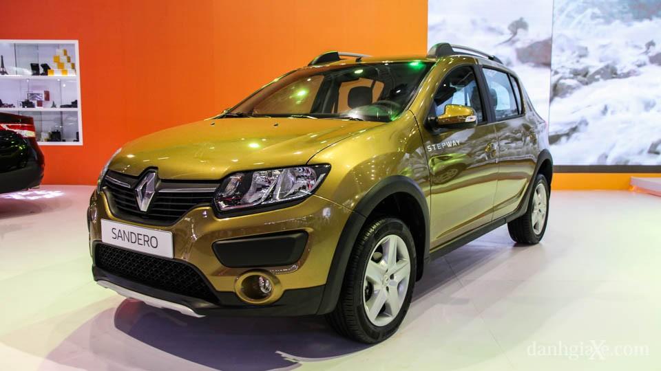 Renault Sandero vs Hyundai i20 Active