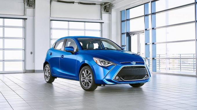 Toyota Yaris, Mazda 2