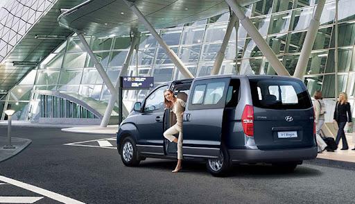 Hyundai Starex 6 chỗ bán tải rộng hơn các dòng khác