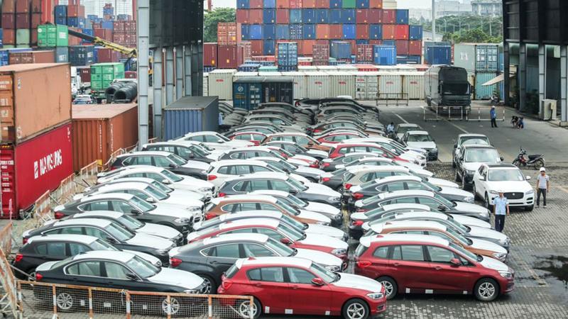 Doanh số tiêu thụ xe nội giảm mạnh