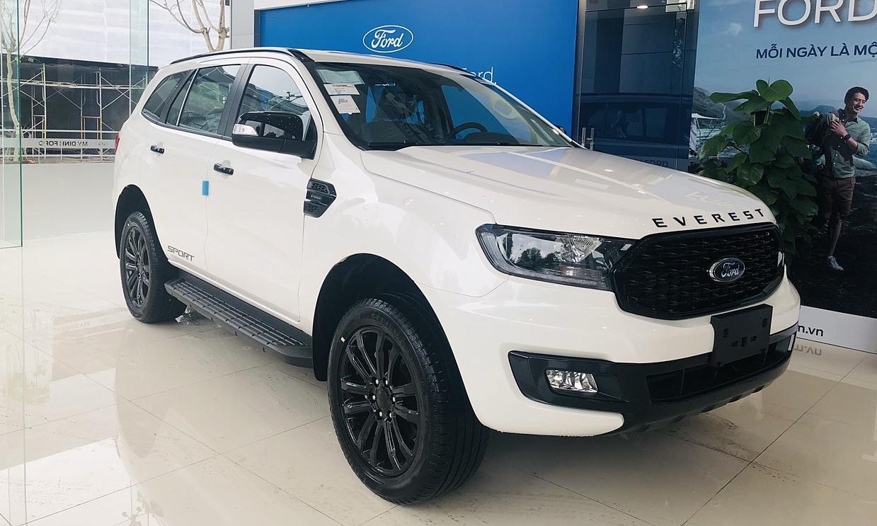 Xe SUV đổ bộ thị trường Việt