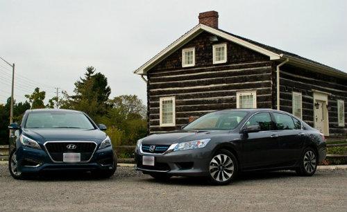 Honda Accord Hybrid 2015 và Hyundai Sonata Hybrid 2016