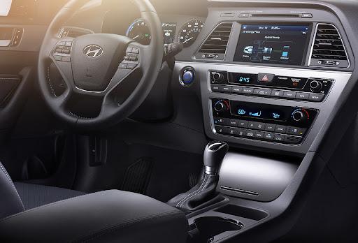 nội thất Hyundai Sonata