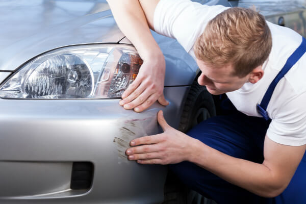 xử lý vết xước trên xe hơi