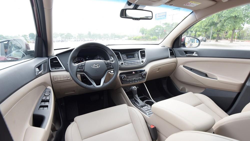Hyundai Tucson hay Kia Sportage