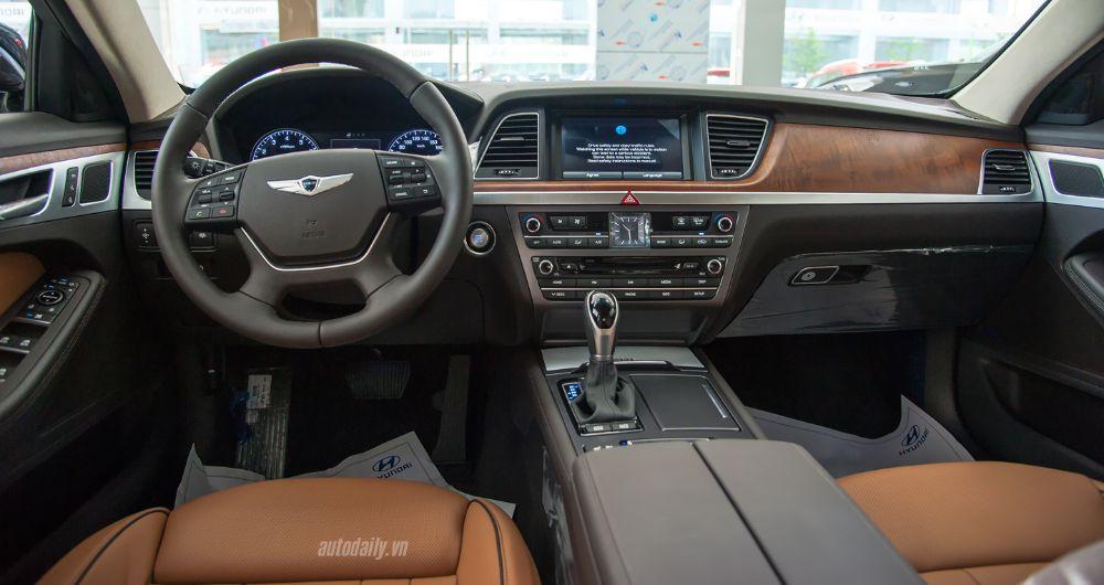 Hyundai-Genesis-sedan