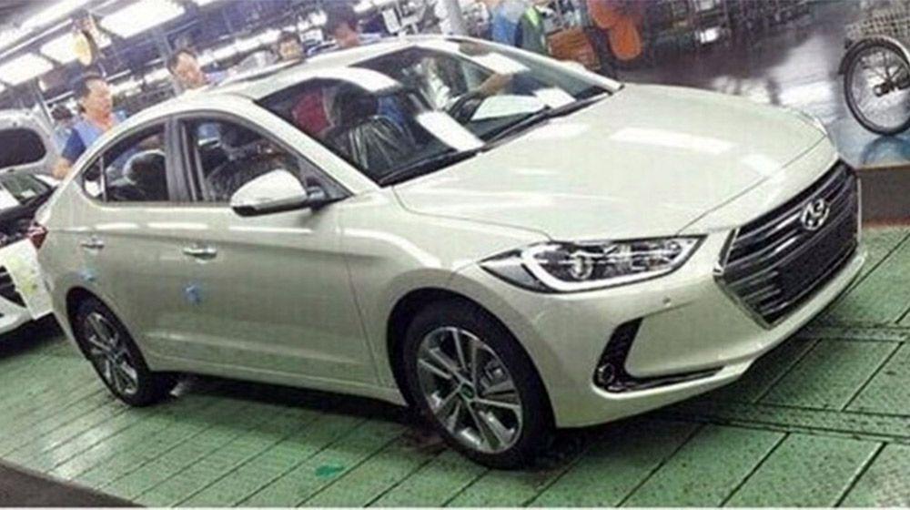 2016-Hyundai-Elantra-1