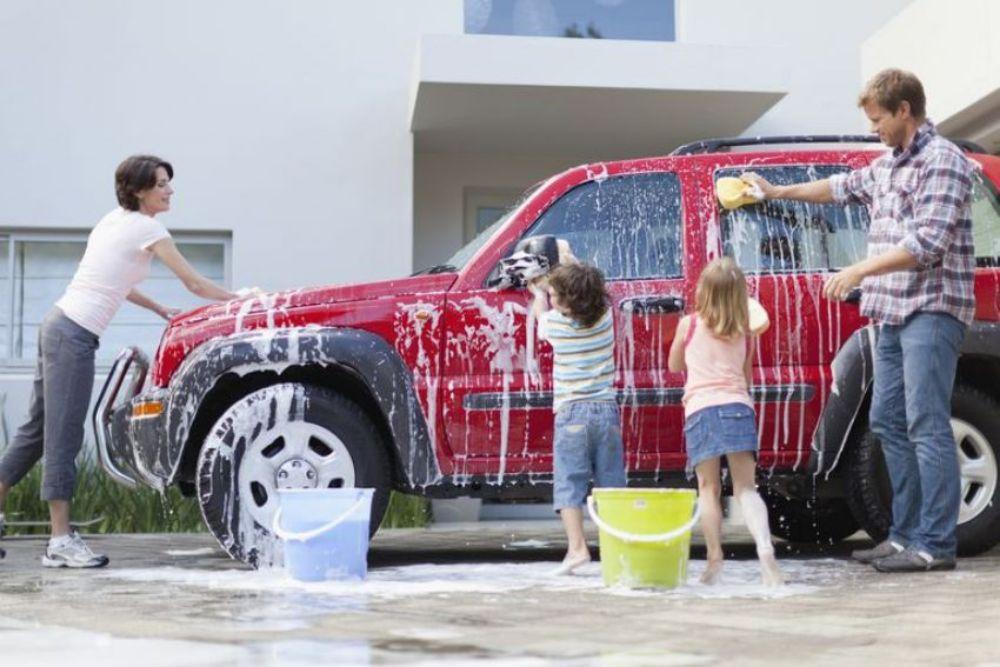 Bảo dưỡng ô tô dầm mưa 1