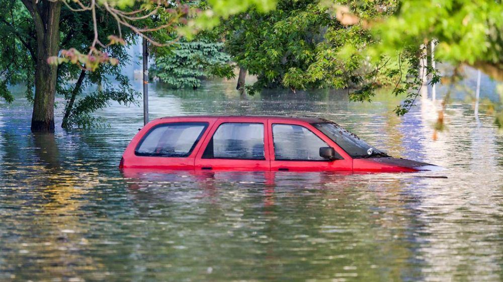 cứu ô tô bị ngập nước