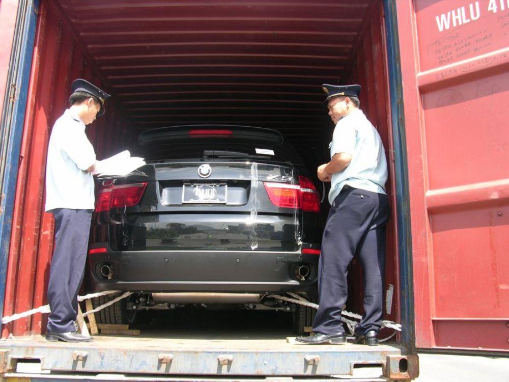thuế nhập khẩu xe hơi