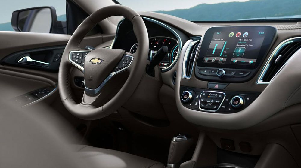 2016-Chevrolet-Malibu-1-cong-bo-gia-ban-5