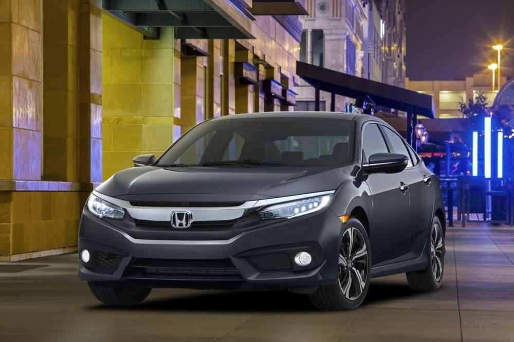 Honda-Civic-2016-bat-ngo-xuat-hien-truoc-ngay-ra-mat-2