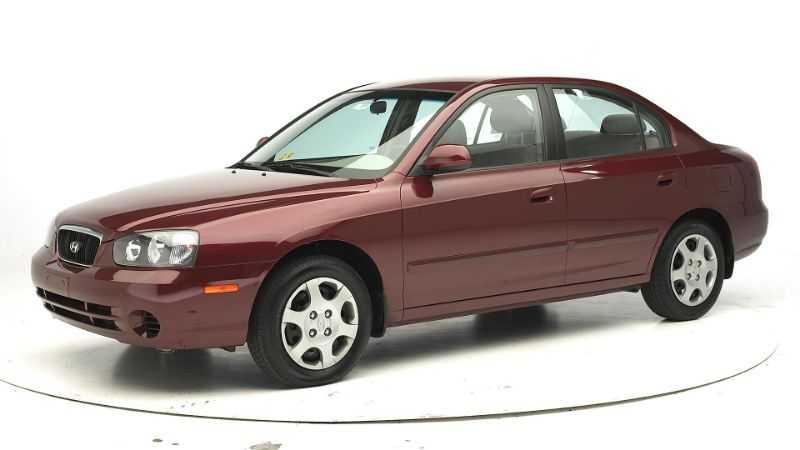 Sedan Hyundai Elantra GLS 2002