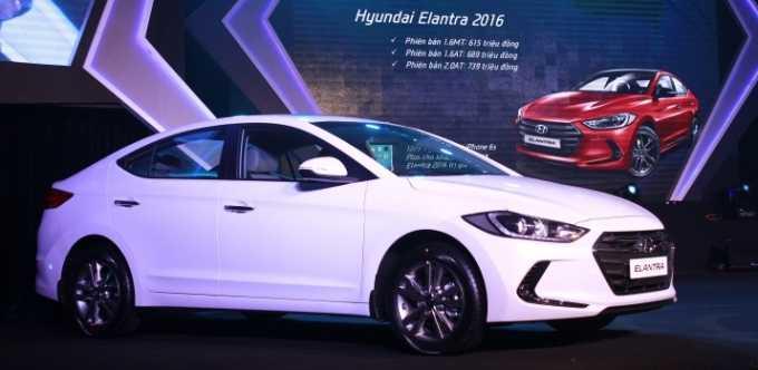 Hyundai Elantra 2016 với vẻ ngoài thời trang, cứng cáp