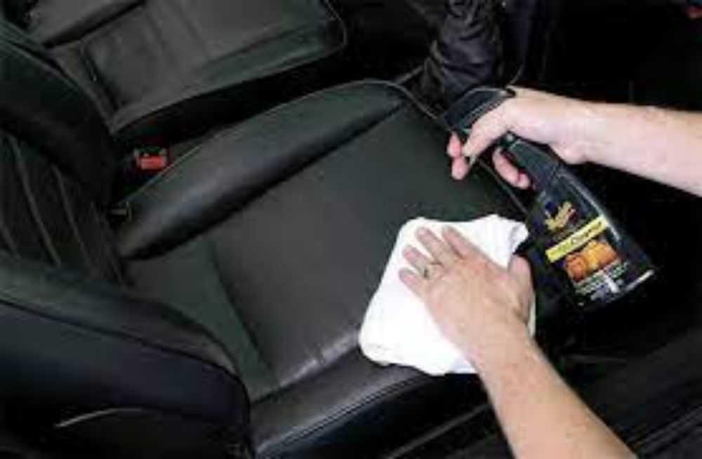 Làm sạch xe